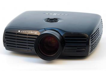 Projector PROJECTIONDESIGN F22 720 VS